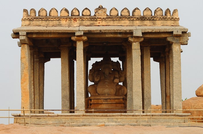 facts about Hampi, Sasivekalu Ganesha Temple, Hampi. Photographer Arun